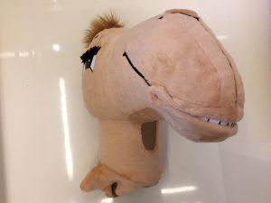 146b-kamel-kostueme-maskottchen